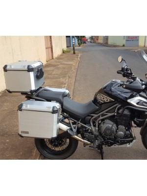 TRIUMPH EXPLORER 1200> KIT 44-36-60 -PAR MALAS LAT. 44\36 L ALUMINIO + SUP. LATERAIS + TOP CASE 60 l ( 2 CAPACETE) + SUP. TOP CASE  (XR/XC/XCX/XRX) CORTESIA PAR BOLSAS LATERAIS INTERNAS